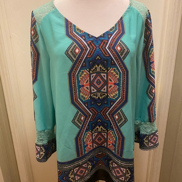 Aztec print blouse with lace accents